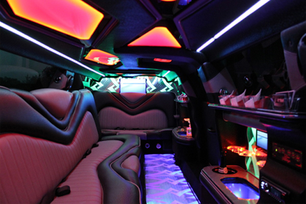 8 Person Chrysler 300 Limo Rental San Diego